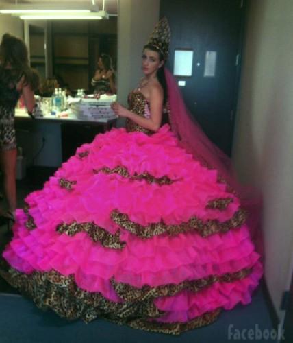 Шокирующее свадебное платье