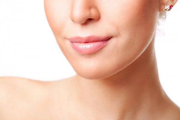 Кожа губ требует повышенного внимания