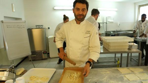 """Справедливости ради надо отметить, что в широком понимании итальянской кухни не существует. Есть региональные итальянские кухни, которых не менее 20 – по количеству регионов этой замечательной страны"""", – говорит Сергей Калинин ."""