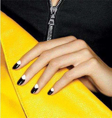 Темные ногти придадут образу сексуальности, дерзости, а тебе – уверенности в себе