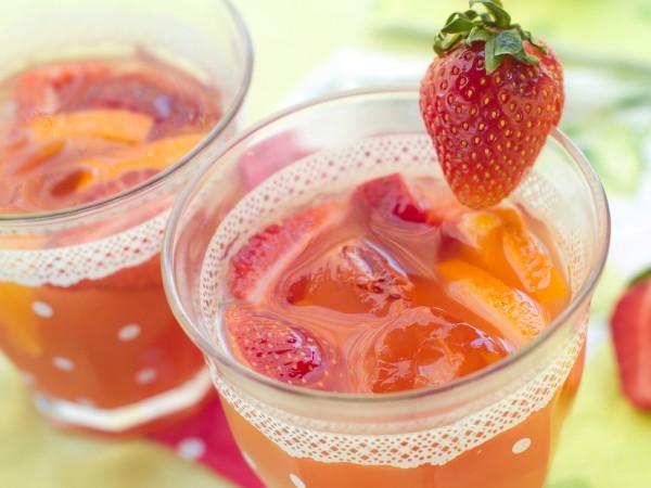 Рецепт                  Оранжад с клубникой