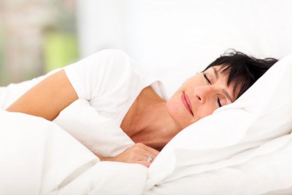Плохой ночной отдых может спровоцировать развитие воспалитеных процессов в женском организме