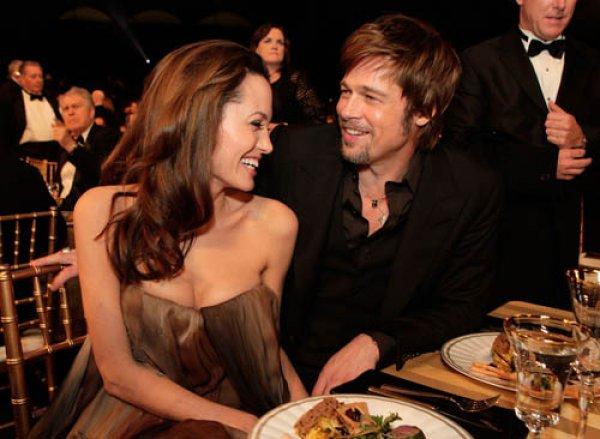 Анджелина Джоли и Брэд Питт станут космическими туристами