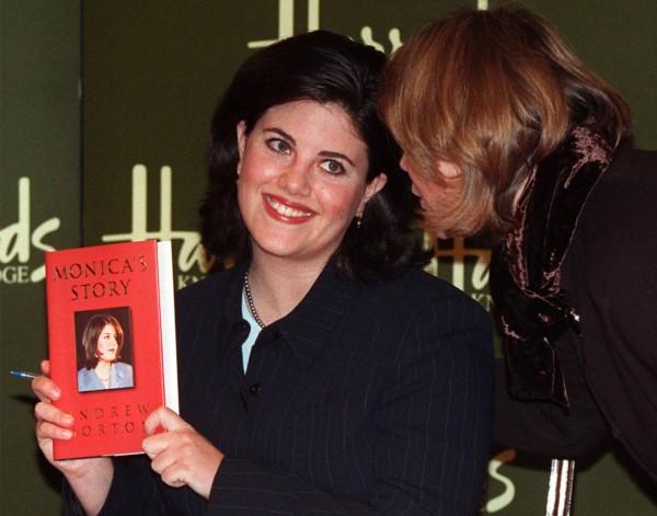 Моника Левински в 1999 году опубликовала свою биографию