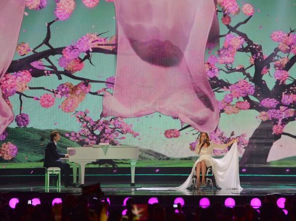 Евровидение 2015: Выступление Моники Кушиньской (Польша) во втором полуфинале