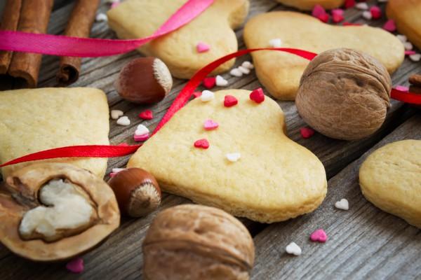 Печенье на День Валентина с лавандой