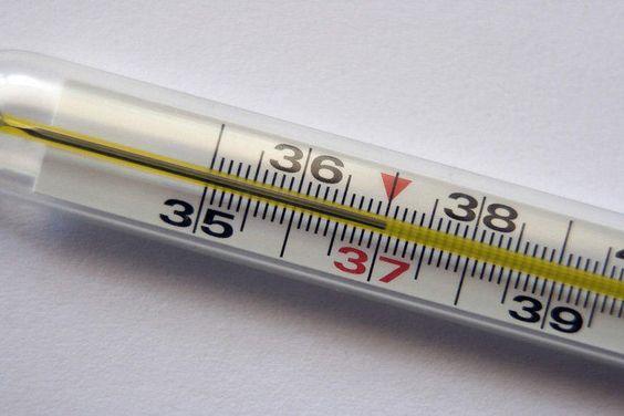 Субфебрильная температура: о чем может говорить температура 37