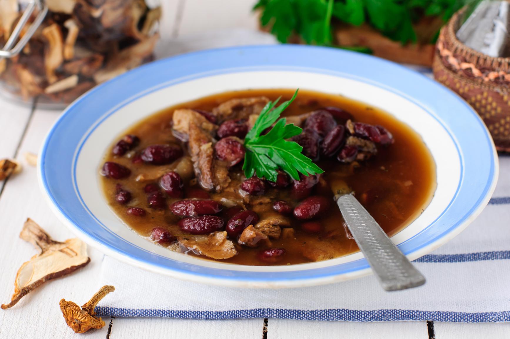 Салат с крабовых палочек и кукурузой и рисом рецепт с фото