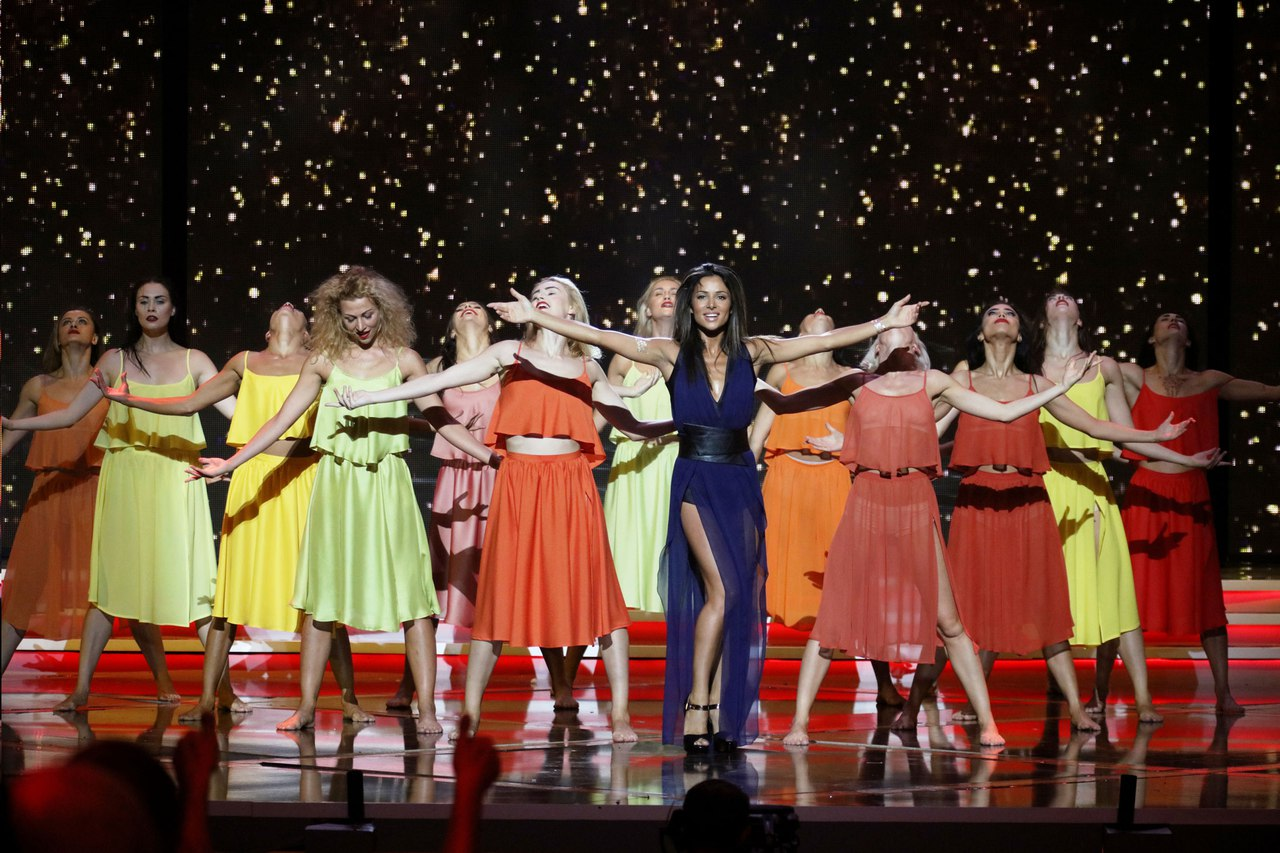 Злата Огневич на концерте во Дворце Украина