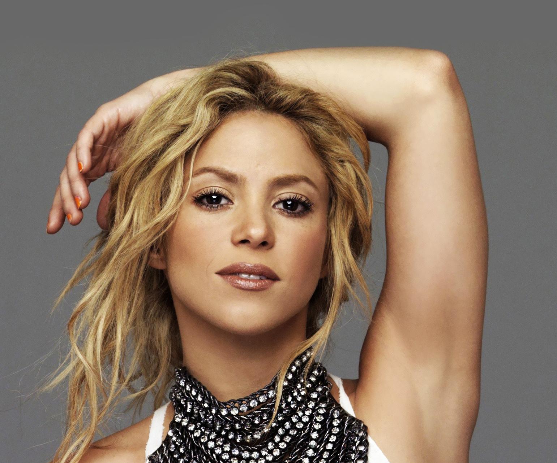 Шакира ла ла ла клип 7 фотография