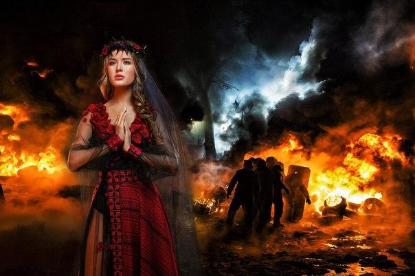 Снимки были сделаны на фоне фотографий с Майдана