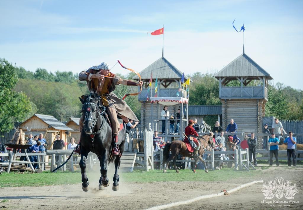 Фестиваль конных боевых искусств в Парке Киевская Русь