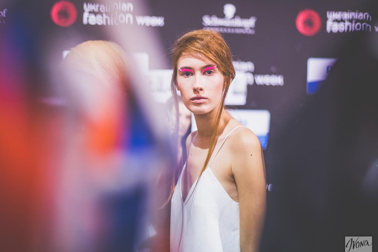 За кулисами показа YANA CHERVINSKA. Фото: Марина Головнева