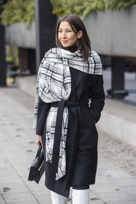 3 стильных способа носить шарф этой весной