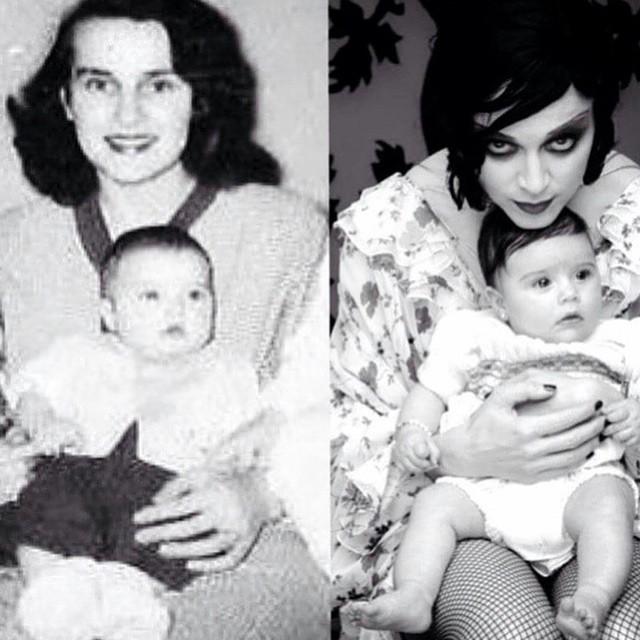 Мадонна опубликовала детское фото со своей мамой