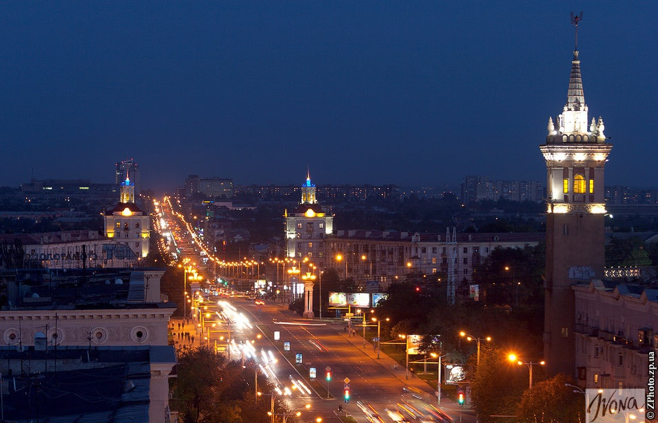 Ночной проспект Ленина