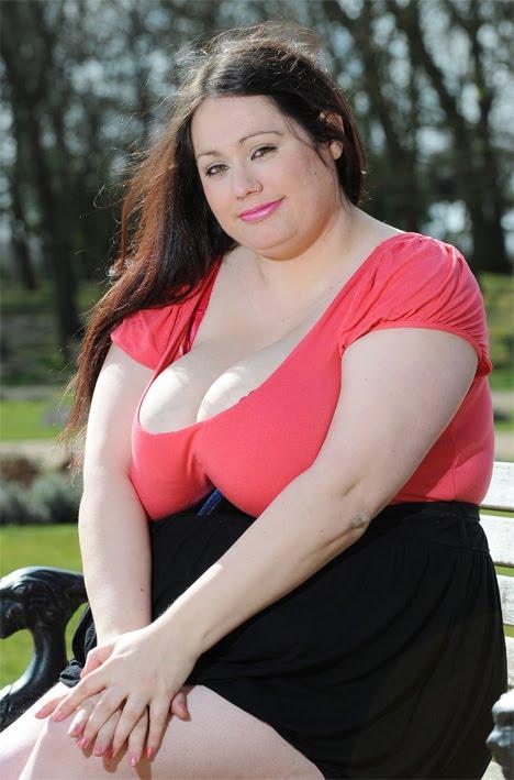 Фото больших сисек толстушки что