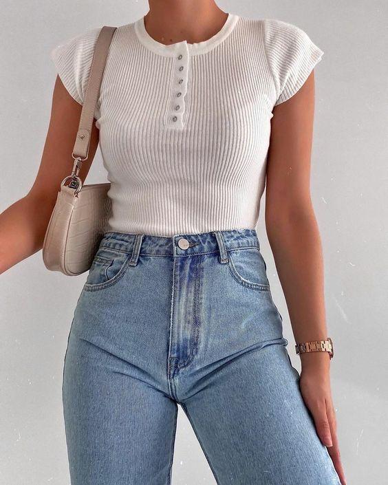 Прелести уличной моды: Самые стильные джинсы 2020 года