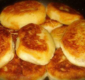 Экономная кухня: картофельные котлеты с сыром