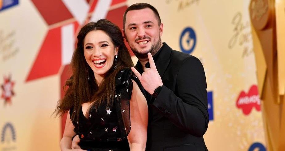 Украинская певица ждет ребенка от героя АТО - СМИ