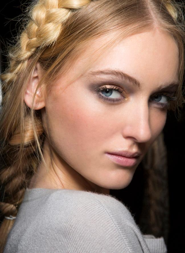 Beauty-образ с показа Mara Hoffman