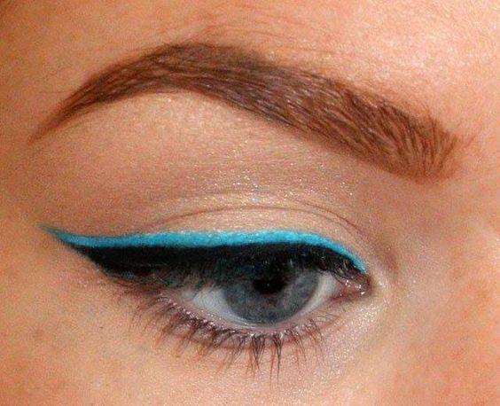 Бьюти-лайфхаки: как подобрать оттенок карандаша для глаз