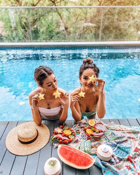 Диетолог рассказала, как питаться в отпуске