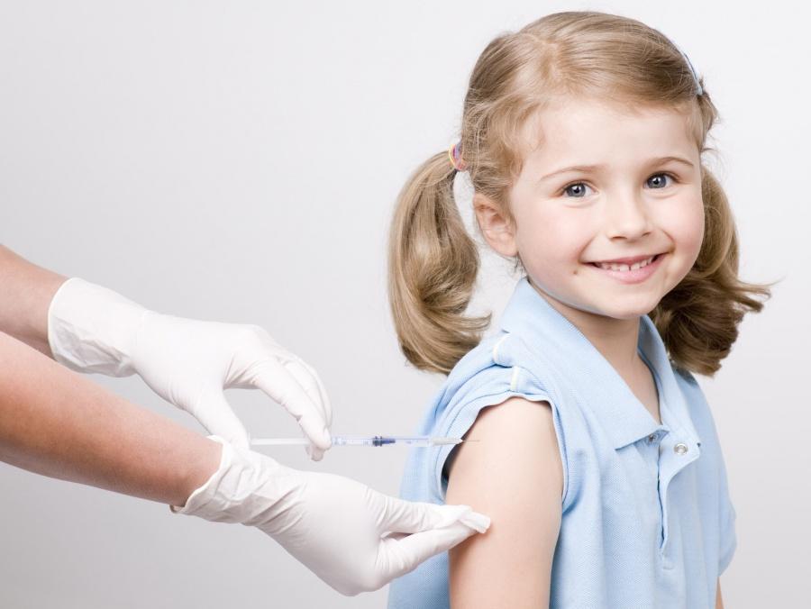 Последней среди  обязательных прививок является вакцинация от ХИБ-инфекции