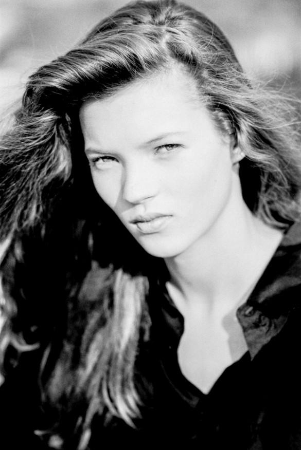 В Сеть попала первая фотосессия 14-летней Кейт Мосс