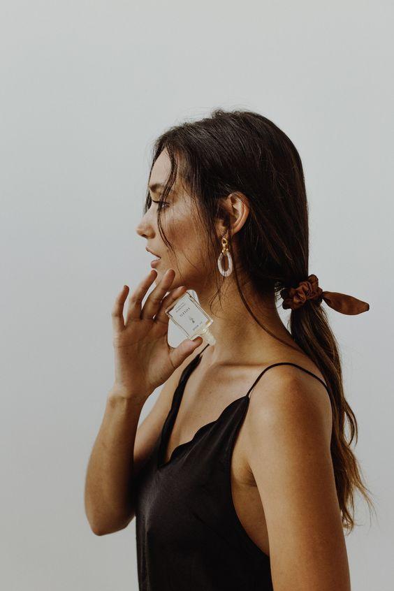 Женщина должна дорого пахнуть