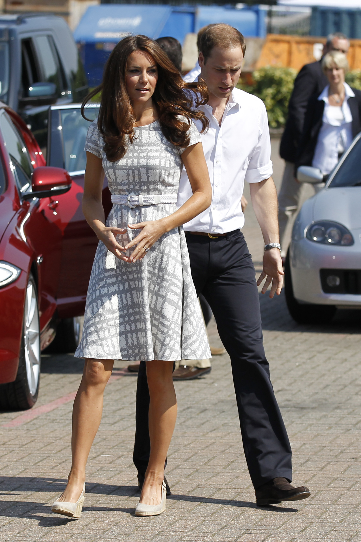 Кейт Миддлтон снова носит дешевые платья - Тренды моды ... гвен стефани