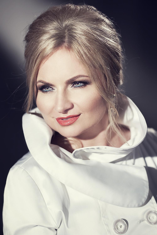 Певица Наталия Шелепницкая