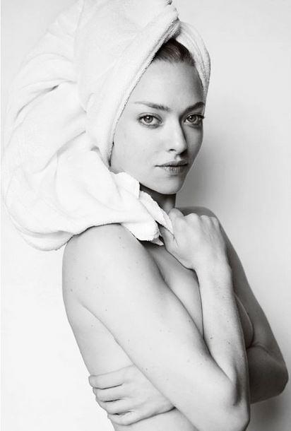 Аманда Сейфрид оголилась в модном проекте Марио Тестино