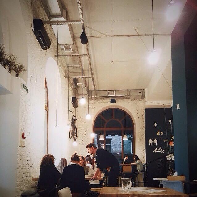 Где позавтракать в Киеве: Druzi Cafe