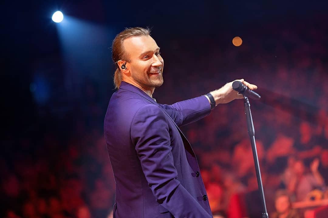 Олег Винник не искупался в море из-за «Танців з зірками»
