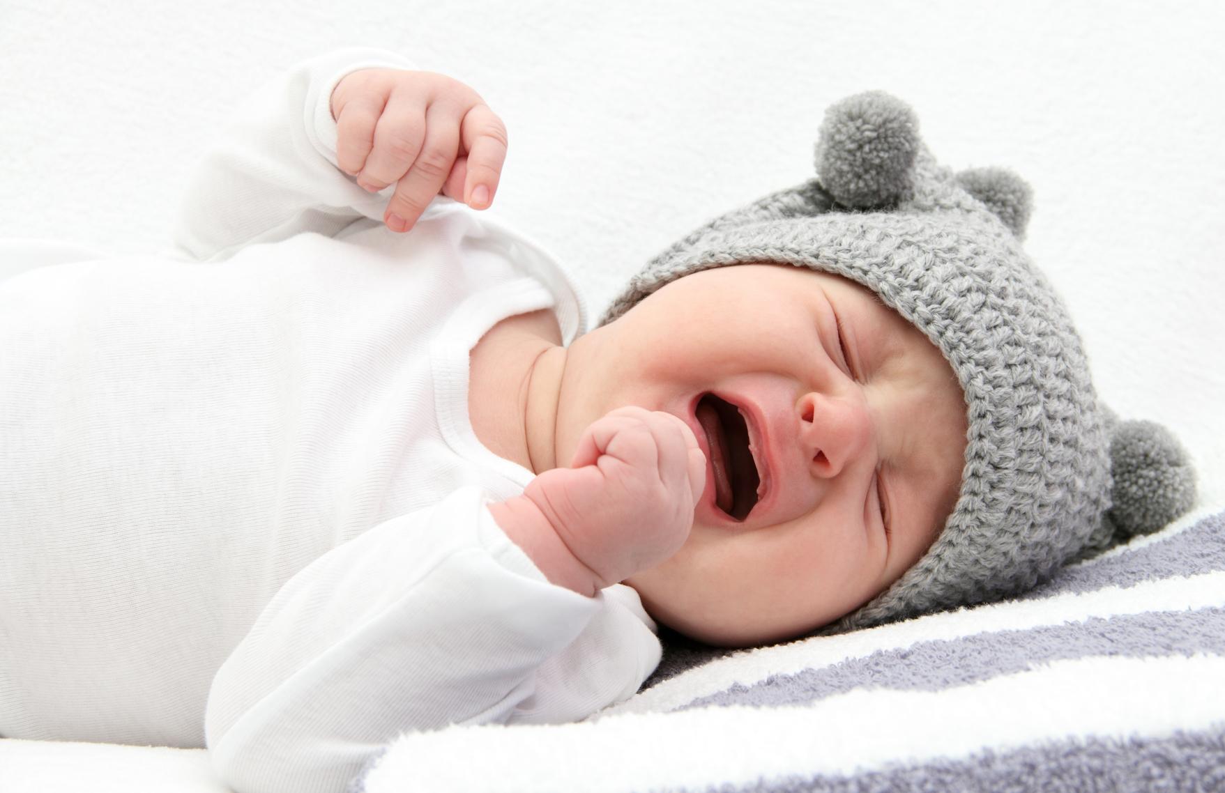 Почему плохо спит ребёнок 2 месяца