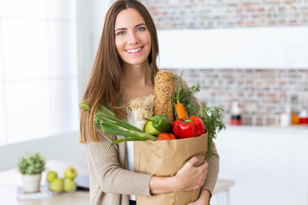 Как наладить питание после праздников – советы диетолога