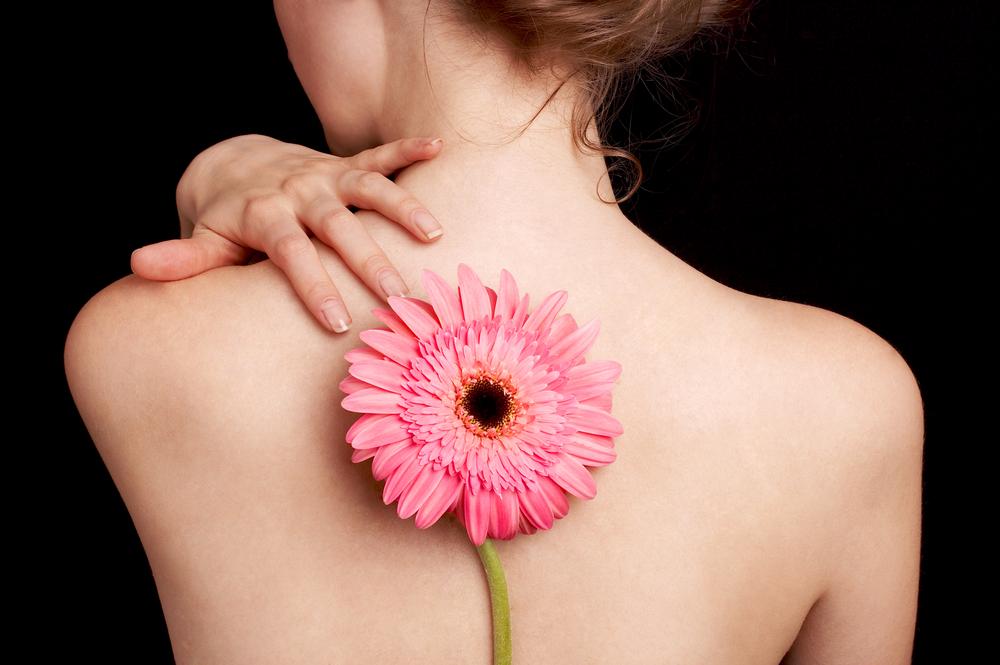 Почему болит кожа на спине