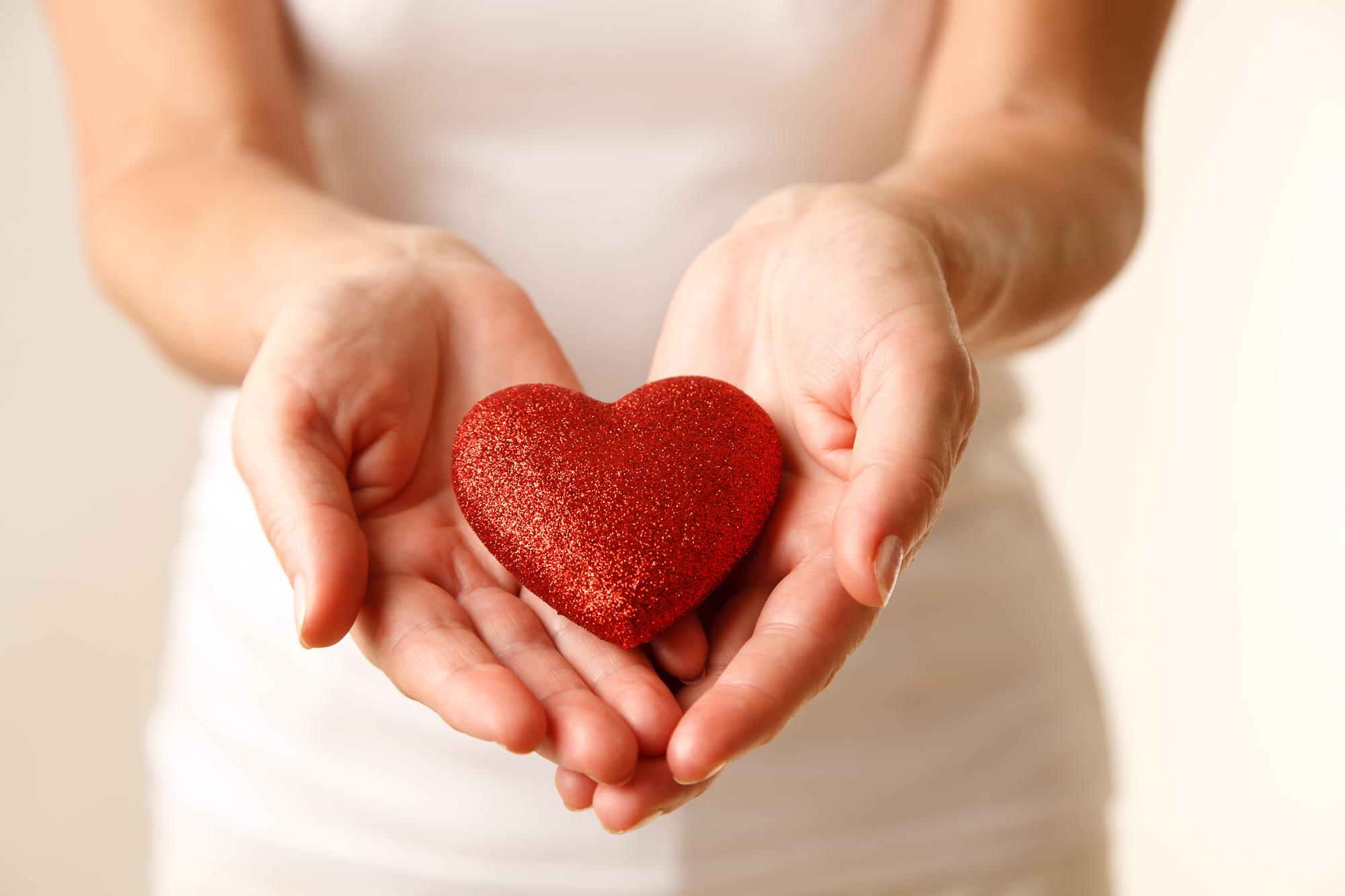 Твори добро: ТОП-5 способов стать благотворителем, не потратив ни копейки