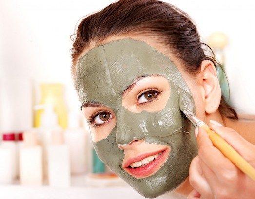 Зеленая глина обладает антибактериальным свойством и глубоко очищает поры