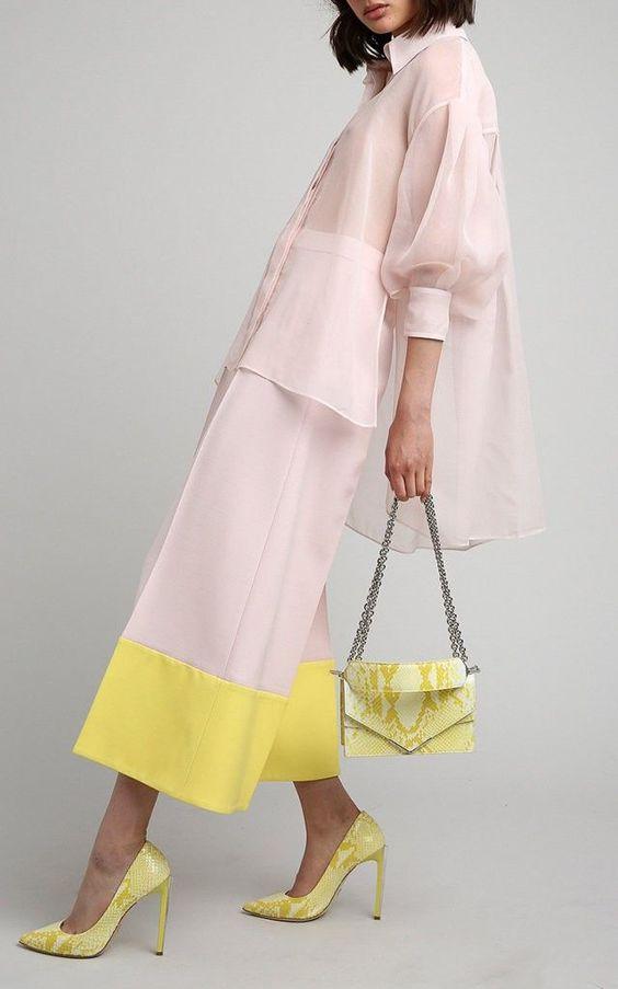Серый и желтый-самые модные цвета будущего года: идеи для стильных образов