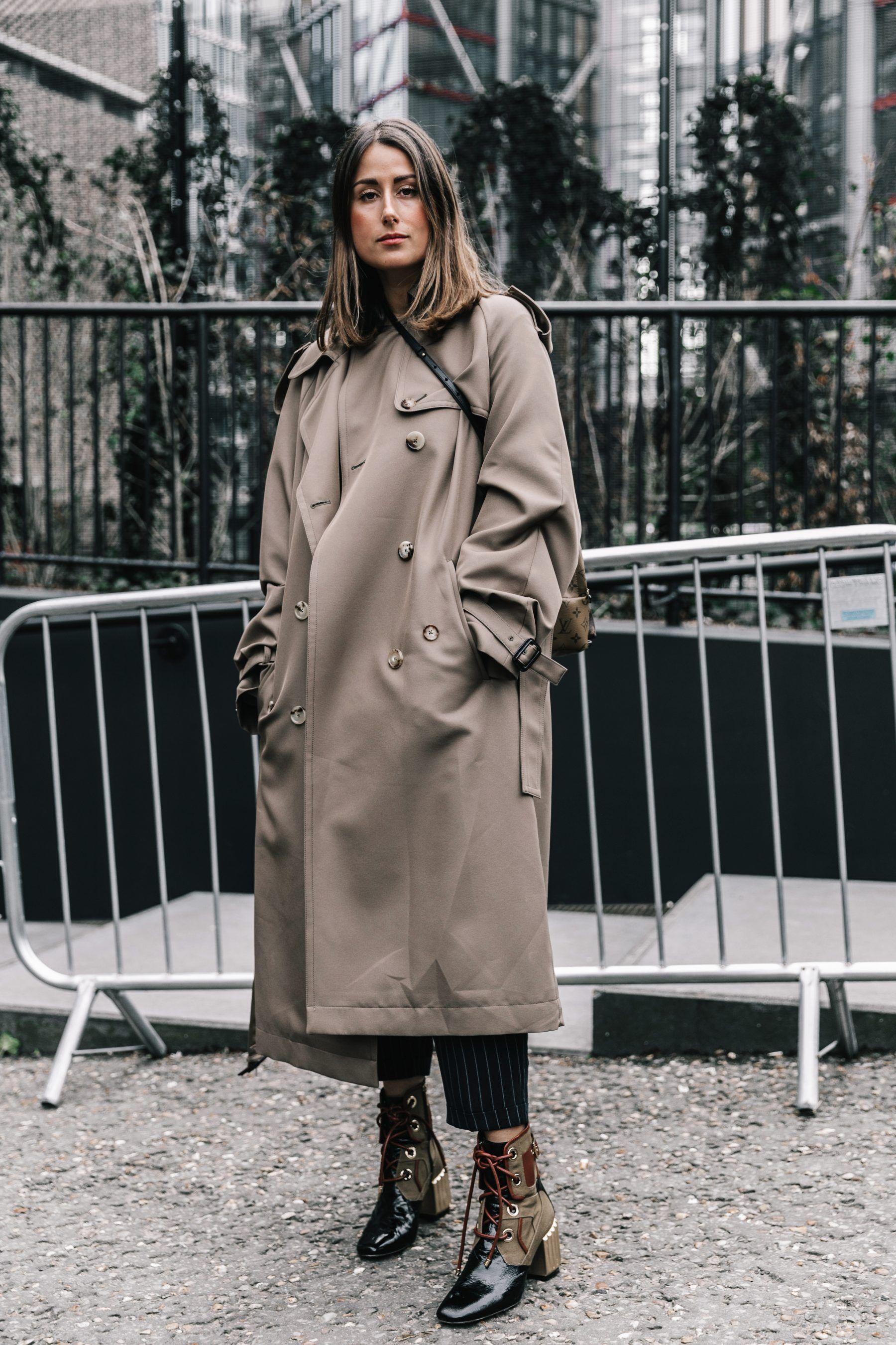 Что носить женщинам после 35-ти лет: Тренч