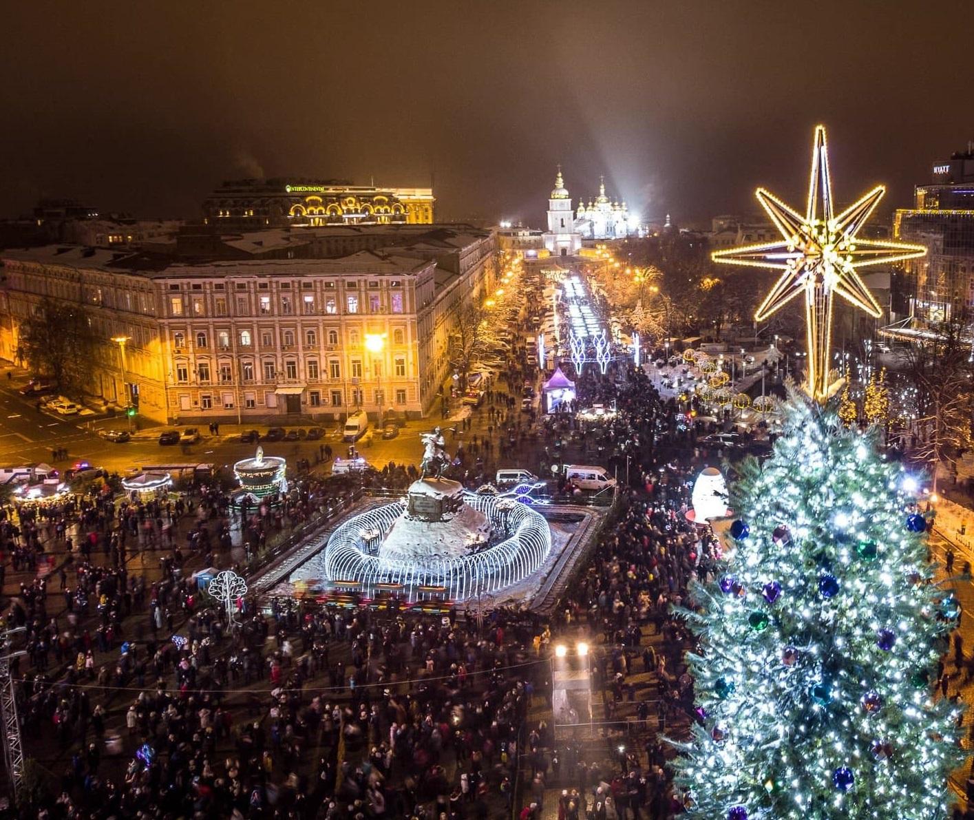 Елка на Софийской площади, Киев