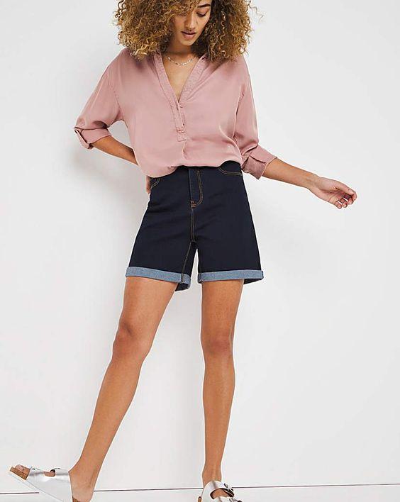 Самые модные джинсовые шорты на лето 2021: какие выбрать?