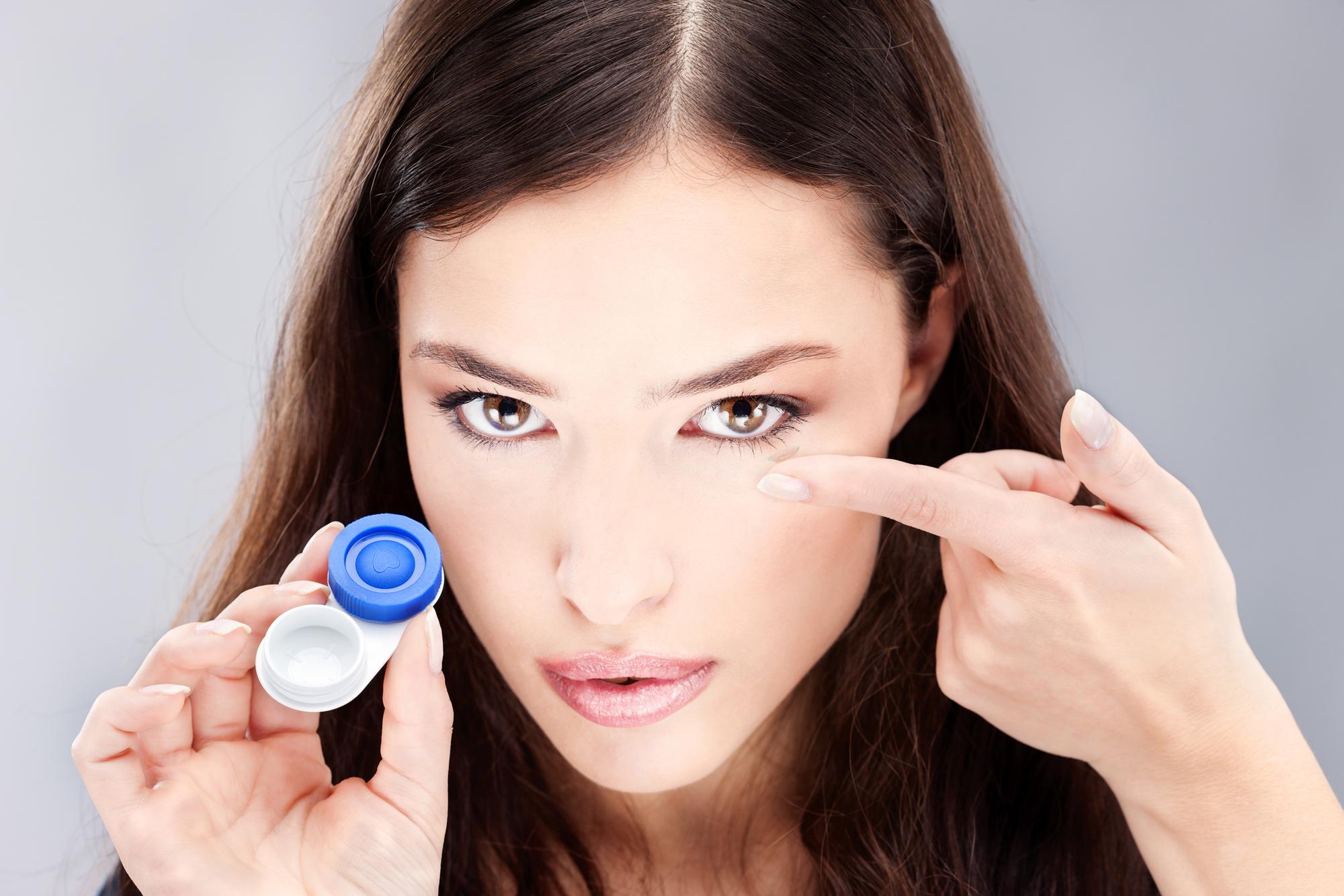 Какие заболевания возникают из-за контактных линз