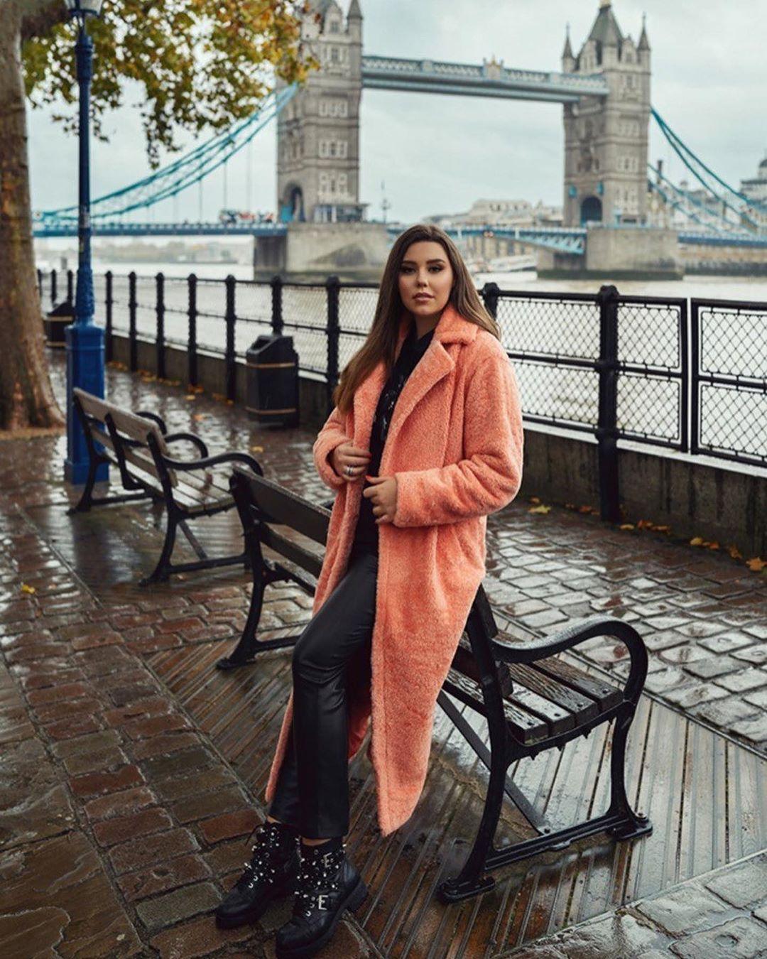 22-летняя дочь Павла Зиброва появилась на обложке глянца