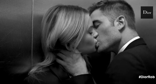 Роберт Паттинсон примерил образ героя-любовника в рекламном видео