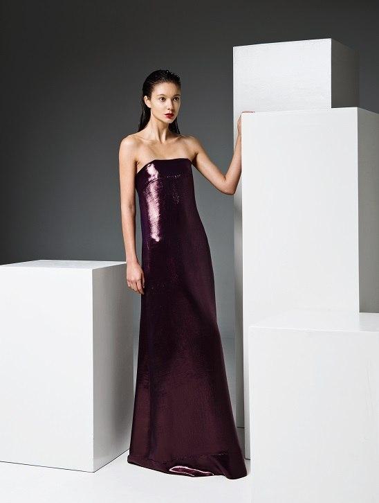 Макси-платье из коллекции Тейде меняет цвет