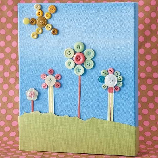 Очень красивые и креативные открытки можно создавать с помощью пуговиц