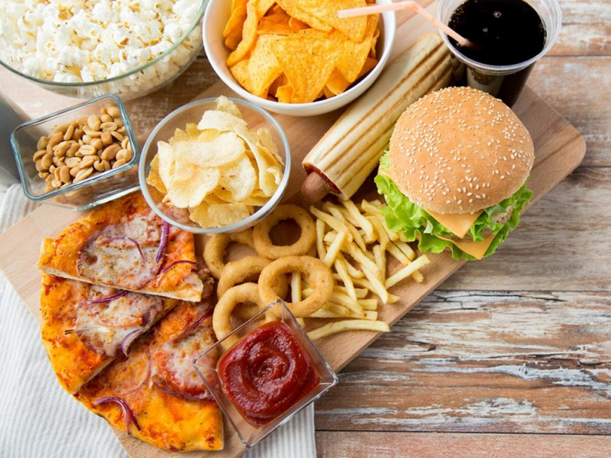 Что нельзя кушать на ночь: Жирная пища